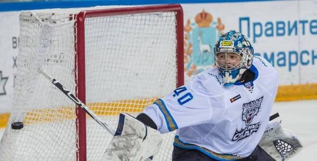 """Вратарь клуба НХЛ поддержал молодого хоккеиста из системы """"Барыса"""""""