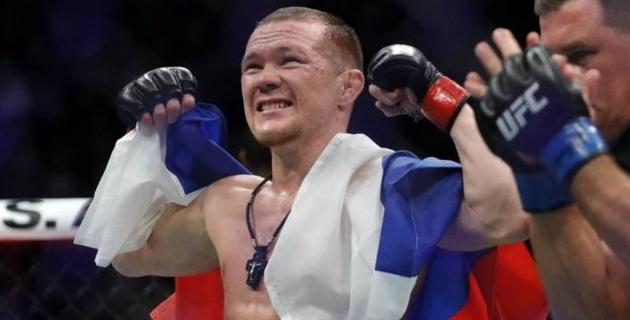 Российский боец казахстанского менеджера едва не подрался за кулисами турнира с экс-чемпионом UFC