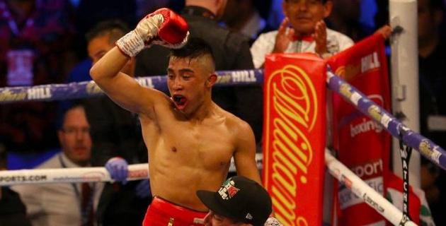 Бой за титул чемпиона WBC в вечере бокса с участием Елеусинова завершился нокаутом