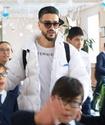 """Блогер """"КраCава"""" привез подарки для слабовидящих детей в интернат под Алматы"""