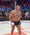 Федор Емельяненко одержал досрочную победу над бывшим чемпионом UFC
