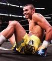 Экс-чемпион мира побывал в нокдауне и сенсационно проиграл боксеру с пятью поражениями