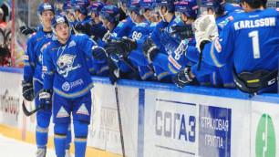 """Как хоккеисты """"Барыса"""" в раздевалке праздновали вторую победу в КХЛ за два дня"""