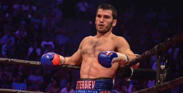 Промоутер из Китая обошел Top Rank и выиграл торги на бой Артура Бетербиева