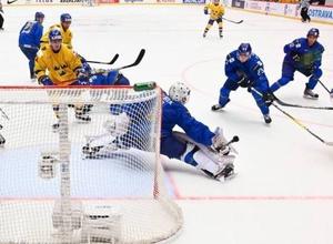 Казахстанский форвард стал вторым снайпером МЧМ-2020 по хоккею