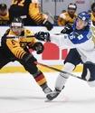Казахстанские хоккеисты впервые повели в счете на МЧМ-2020