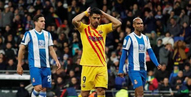 """""""Барселона"""" потеряла очки в дерби, но выиграла первый круг Ла Лиги"""