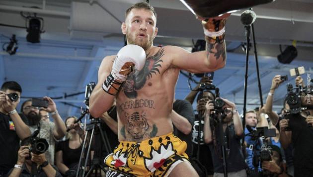 МакГрегор нанял двух тренеров по боксу перед боем с Серроне