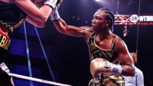 Видео боя, или как абсолютная чемпионка мира покорила третью весовую категорию