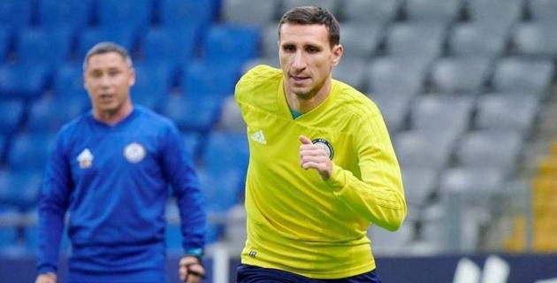 Два футболиста сборной Казахстана заинтересовали клубы российской премьер-лиги