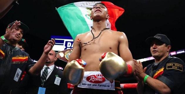 """Промоутер """"Канело"""" оценил дебют экс-чемпиона мира из Мексики в весе Головкина и ответил на его вызов"""
