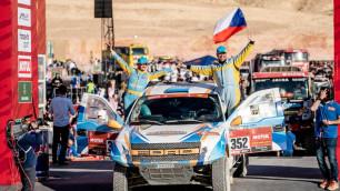 """""""Я горд, что мы прошли его"""". Казахстанский экипаж успешно финишировал на """"Дакаре"""""""