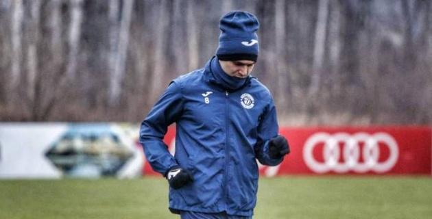 Казахстанский полузащитник отправился на сбор с зарубежным клубом