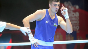 Чемпион мира по боксу из Узбекистана провел спарринг с двумя соперниками одновременно