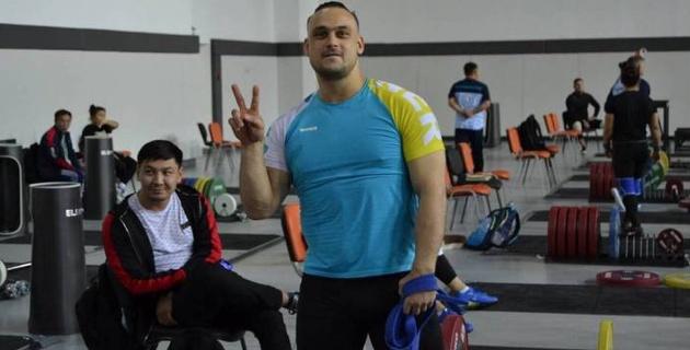 Илья Ильин выиграл первый турнир после возвращения