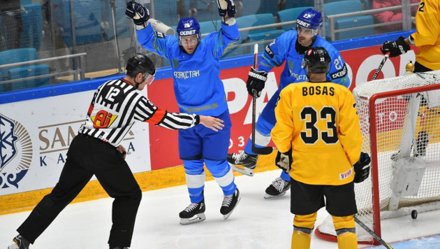 Хоккеист сборной Казахстана провел тысячный матч в регулярных чемпионатах за карьеру