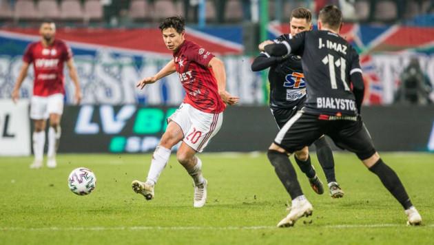 Казахстанец Жуков помог польскому клубу победить в матче с голом пяткой