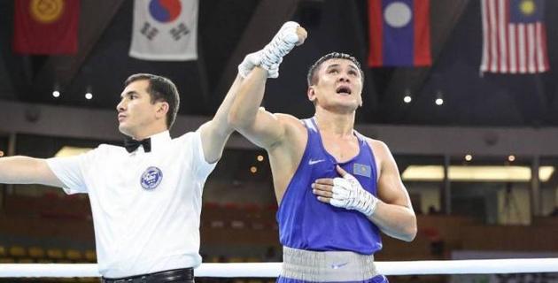 Чемпион Азии и призер ЧМ-2019 по боксу из Казахстана перешел в профи