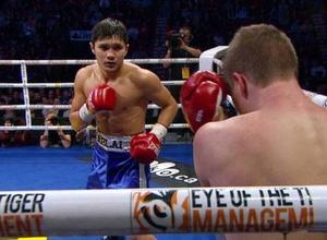 Непобежденный казахстанец опустился в мировом рейтинге вопреки победе нокаутом