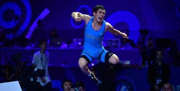 Казахстан завоевал три медали на старте чемпионата Азии по вольной борьбе