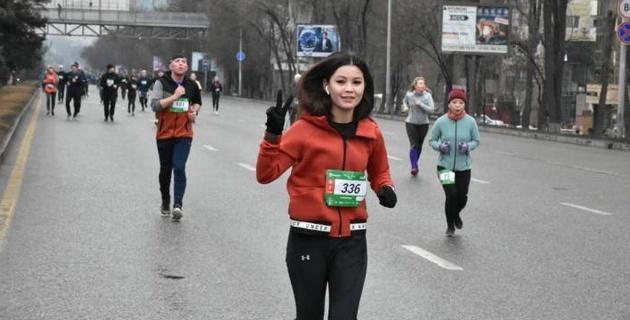 В Алматы прошел Зимний забег