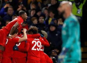 """""""Бавария"""" разгромила """"Челси"""", а """"Барселона"""" не смогла победить """"Наполи"""" в 1/8 финала Лиги чемпионов"""