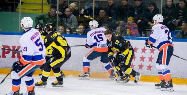 """""""Сарыарка"""" оказалась в шаге от вылета из плей-офф ВХЛ"""