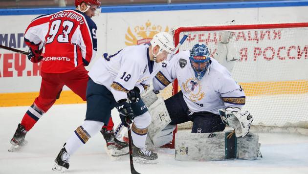 """Хоккеисты """"Торпедо"""" из Усть-Каменогорска упустили победу с 2:0 и вылетели из плей-офф ВХЛ"""