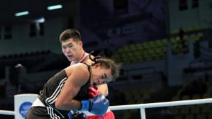 Чемпион мира по боксу из Казахстана вышел в четвертьфинал отборочного турнира на Олимпиаду-2020