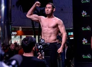 Казахстанский боец получил награду в 3,8 миллиона за лучший нокаут