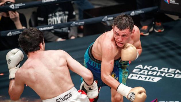 Казахстанский боксер отправил соперника в нокдаун, но проиграл после возвращения в профи