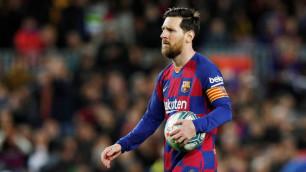 """Гол Месси с пенальти вывел """"Барселону"""" на первое место в Ла Лиге"""