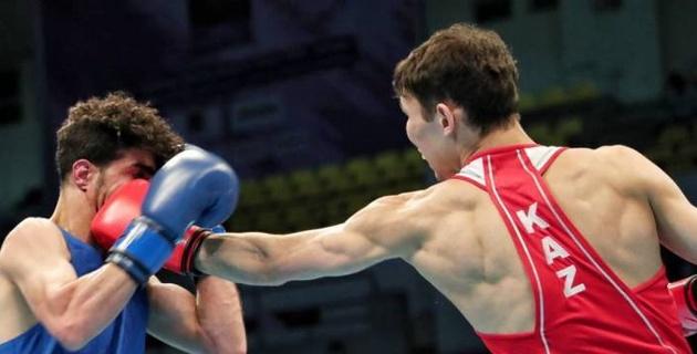Казахстан взял восемь лицензий на Олимпиаду-2020 в боксе