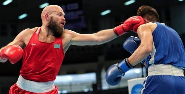 Василий Левит вторым из сборной Казахстана по боксу вышел в финал отбора на Олимпиаду-2020