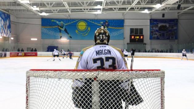Чемпионат Казахстана по хоккею приостановлен