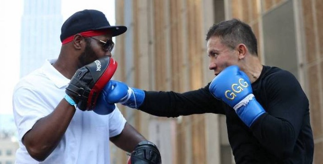 Экс-чемпион мира в двух весах присоединился к тренировочному лагерю Головкина