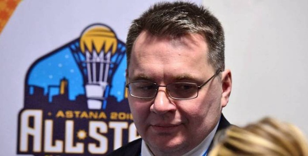 """Экс-тренер """"Барыса"""" Назаров предложил не пить и отжиматься во время карантина"""