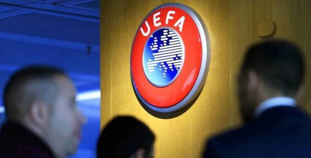 УЕФА перенес матчи своих турниров на неопределенный срок