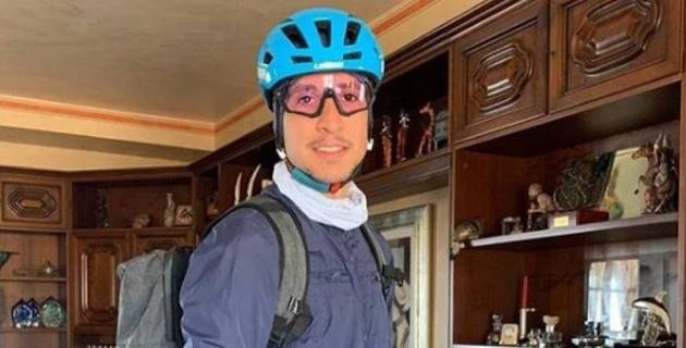 """Гонщик """"Астаны"""" стал волонтером и на велосипеде в Италии развозит еду и лекарства нуждающимся"""
