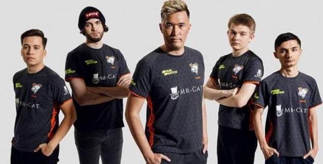 Казахстанская команда Virtus.pro одержала волевую победу над фаворитом турнира по CS:GO