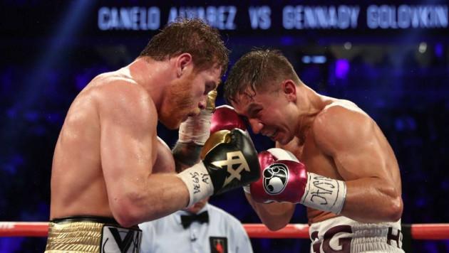 """Непобежденный американский боксер спрогнозировал нокаут в третьем бою Головкин - """"Канело"""""""