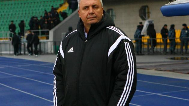 Работавший в Казахстане тренер вывел клуб в лидеры чемпионата после третьей подряд победы