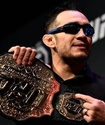 Букмекеры сделали прогноз на титульный бой Фергюсон - Гэтжи на UFC 249