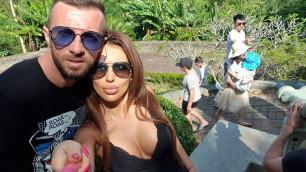 Болгарский футболист сделал предложение своей девушке во время карантина в Казахстане