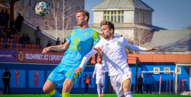 Клубам казахстанской премьер-лиги разрешили пять замен в одном матче