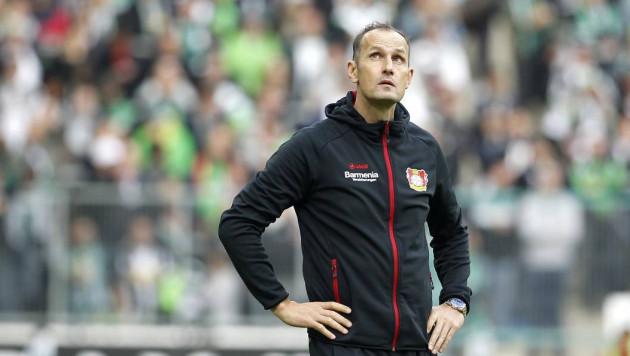 Тренер немецкого клуба пропустит старт бундеслиги из-за похода за зубной пастой