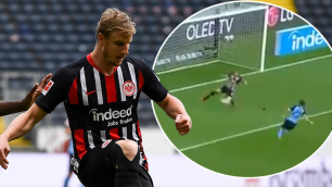 Футболист спас команду от неминуемого гола после атаки трех соперников на пустые ворота