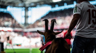 Немецкий клуб впервые за 11 лет сыграл без козла и упустил победу с 2:0