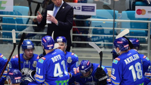 """Российские СМИ раскритиковали """"Барыс"""" за цирк с выбором нового тренера и отсутствие новичков"""