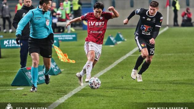 Футболист сборной Казахстана получил очередное признание в Европе